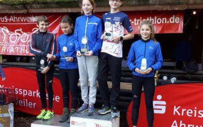 Zwei Podiumsplätze beim Rheinland Nachwuchs Cup für die Freien Schwimmer Düsseldorf